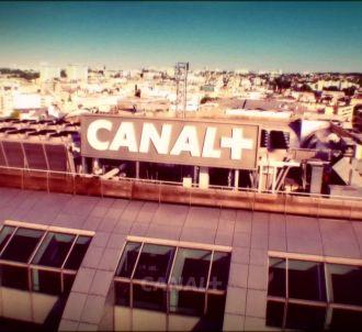 Canal+ rejoue 'Côte Ouest' pour son clip de rentrée