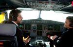 """""""Les Copains d'abord en Corse"""" : Patrick Fiori et Jenifer pilotes d'avion pour France 2"""