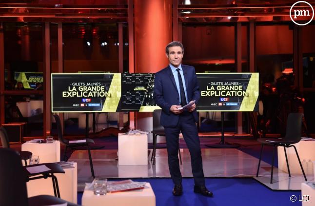 """David Pujadas sur le plateau de """"La Grande Explication"""""""