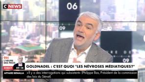 """""""Ca devient insupportable !"""" : Vif échange sur CNews autour des humoristes de France Inter"""