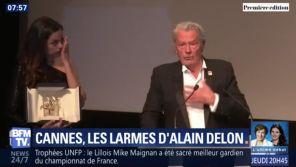 """""""Je vais partir"""" : Alain Delon en larmes en recevant sa Palme d'honneur à Cannes"""