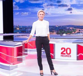 Anne-Sophie Lapix présente le '20 Heures' de France 2...