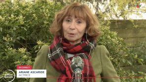 """""""Je vais me saouler la gueule !"""" : Ariane Ascaride se lâche sur l'après-confinement en direct sur France 2"""