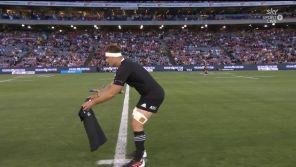 Opposés à l'Argentine, les All Blacks rendent un bel hommage à Maradona avant leur Haka