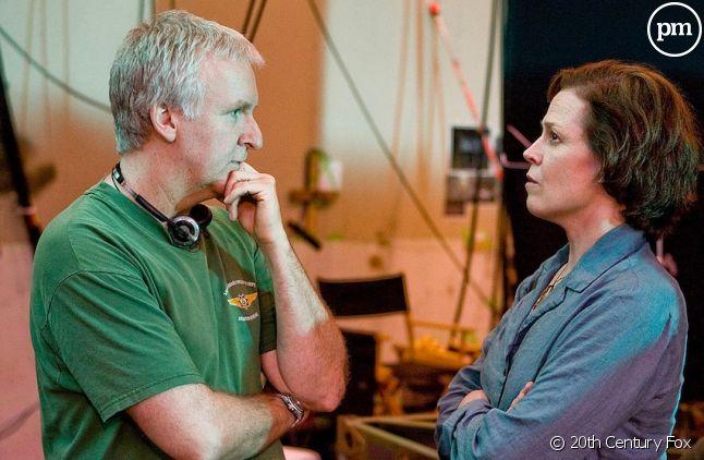 """James Cameron et Sigourney Weaver sur le tournage d'""""Avatar"""""""