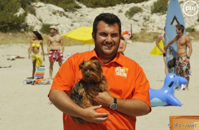"""Laurent Ournac dans la série """"Camping Paradis"""" sur TF1"""