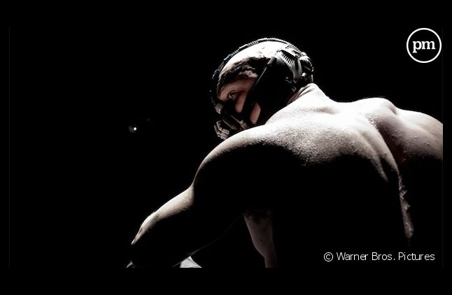"Tom Hardy est Bane dans ""The Dark Knight Rises"""