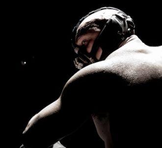 Tom Hardy est Bane dans 'The Dark Knight Rises'