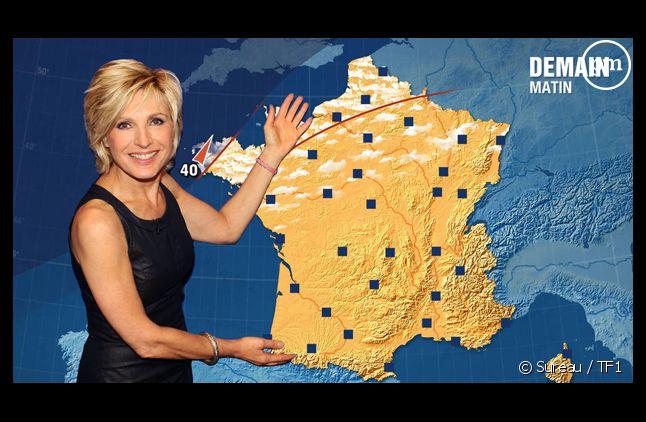 Evelyne Dhéliat arrive en tête d'un sondage Télé Star.
