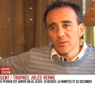 Elie Semoun parle de Nicolas Sarkozy.