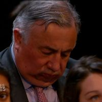 Zapping : Gérard Larcher s'endort dans le public de