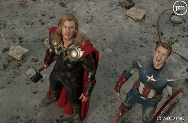 """Chris Hemsworth et Chris Evans dans """"Avengers"""""""