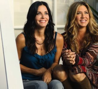 Courteney Cox retrouve Jennifer Aniston dans 'Cougar...