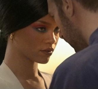 <p>Rihanna et Chris Martin dans le clip 'Princess of...