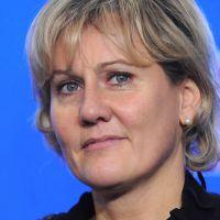 Appel aux électeurs du FN : Anne Sinclair tacle Nadine Morano sur Twitter