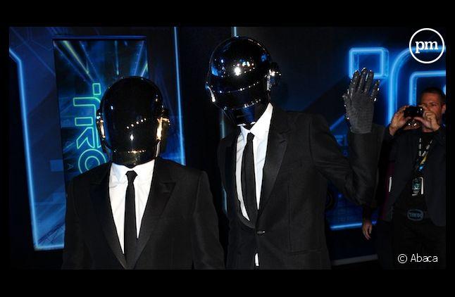 Daft Punk reste en tête du top singles UK
