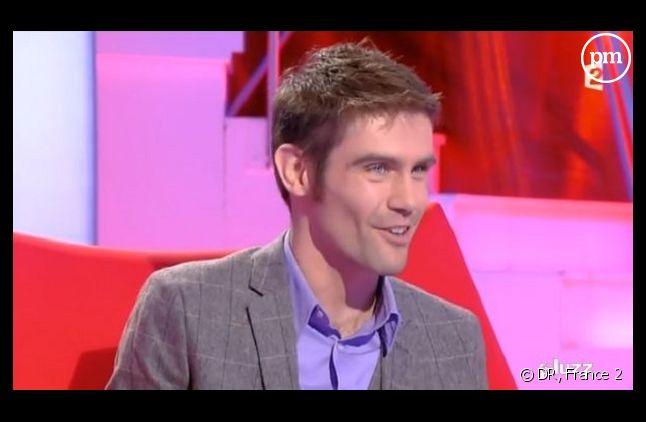 Capture d'écran de Julien Jean sur le plateau de TLMVPSP sur France 2