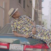Pharrell Williams plus long numéro un de l'histoire des charts français !