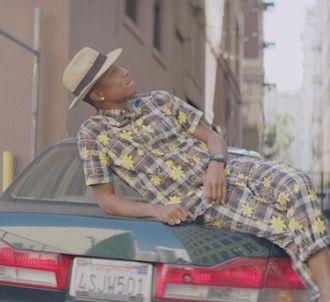 Pharrell Williams plus long numéro un de l'histoire en...