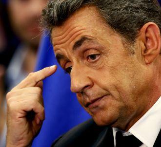 Nicolas Sarkozy chute dans les sondages.