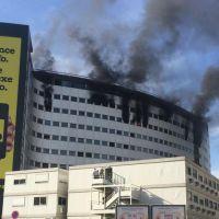 Important incendie à Maison de la Radio à Paris