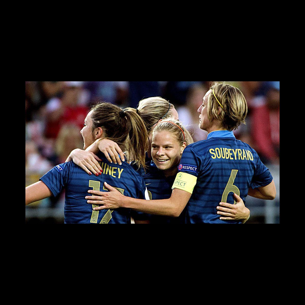 Foot f minin w9 s 39 adjuge les droits de la coupe du monde 2015 puremedias - Coupe du monde de foot feminin 2015 ...