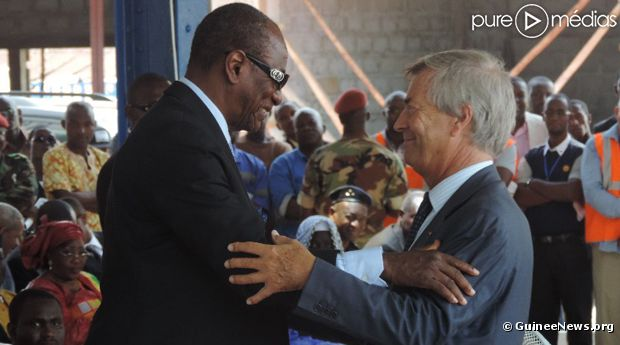 V. Bolloré et A. Condé, président de la République de Guinée.