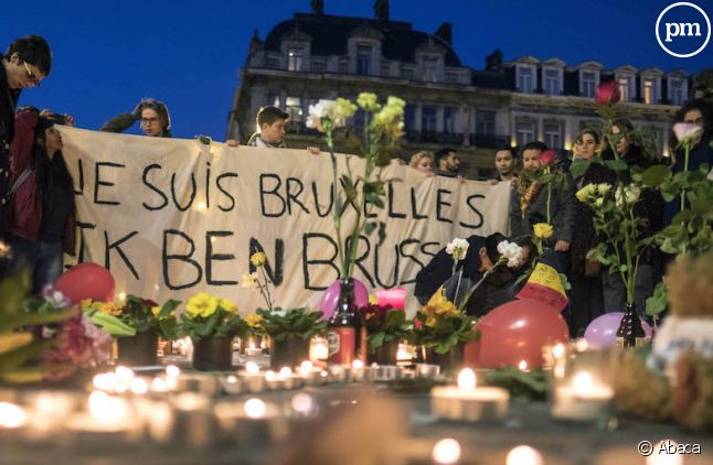 """<p class=""""p1""""><span class=""""s1"""">Recueillement et hommages aux victime hier soir à Bruxelles</span></p>"""