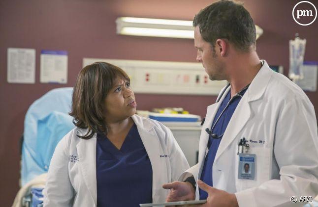 """Chandra Wilson et Justin Chambers dans """"Grey's Anatomy"""""""