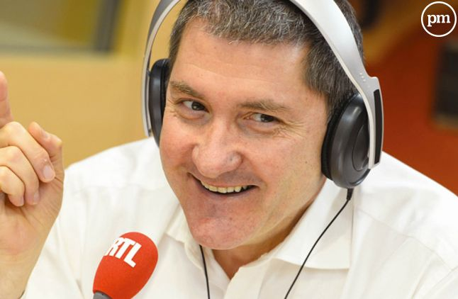 Yves Calvi, sur RTL.