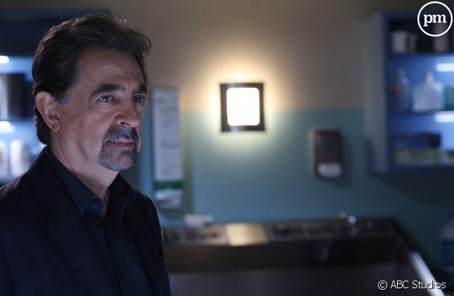 """Joe Mantegna dans """"Esprits criminels"""" saison 11"""