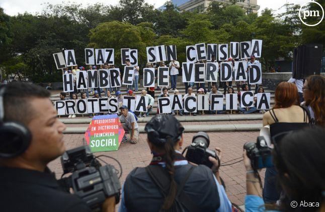 Le 27 juin dernier, plusieurs manifestations de reporters se sont déroulées dans le cadre de la journée nationale du journalisme, afin de s'opposer à la censure et à l'atteinte à la liberté d'expression.
