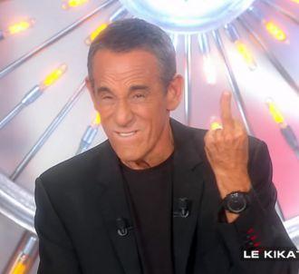 Thierry Ardisson adresse un doigt d'honneur à Jean-Michel...