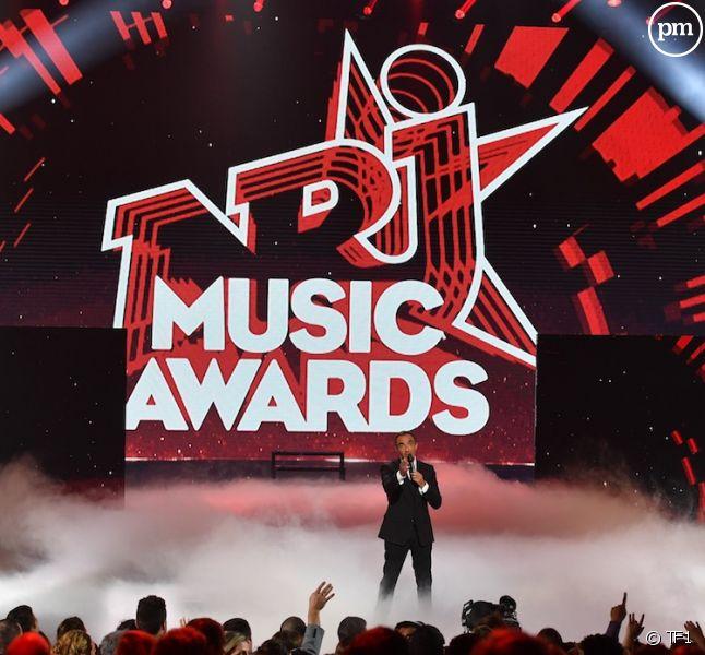 Nikos lors des NRJ Music Awards