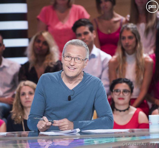 """Laurent Ruquier anime """"Les Enfants de la télé"""" sur France 2"""