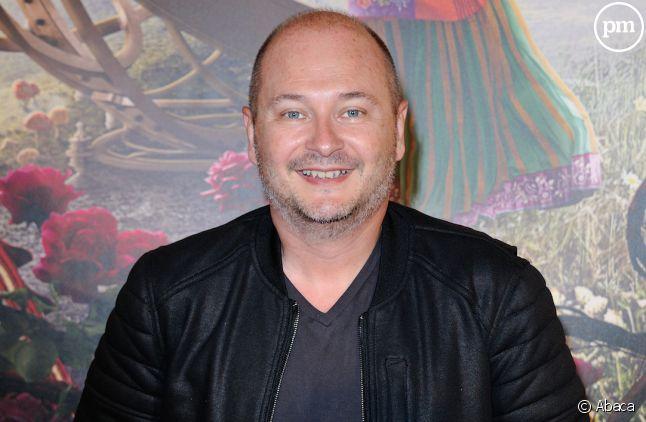 Sébastien Cauet anime une libre antenne tous les soirs sur Virgin Radio