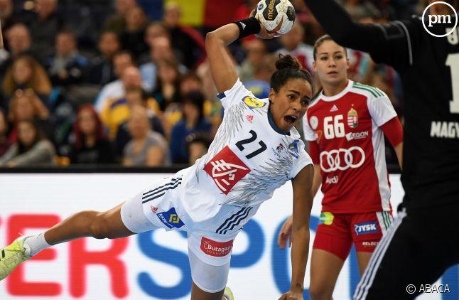 <span>Estelle Nze Minko le 11 décembre 2017 lors du match France-Hongrie</span><span></span>