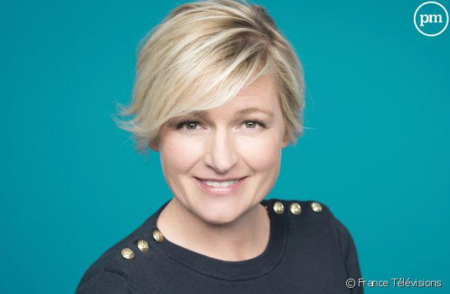 """Anne-Elisabeth Lemoine anime """"C à vous"""" sur France 5"""