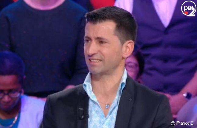 """Stéphane dans """"Tout le monde veut prendre sa place"""" dimanche dernier"""
