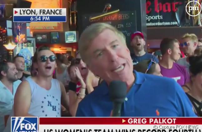 """""""Fuck Trump !"""" : Des supporters américains perturbent un duplex de Fox News"""