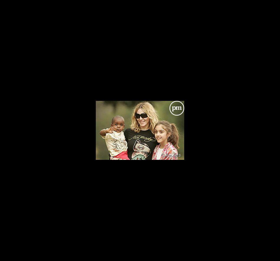 Madonna, son fils adoptif David et sa fille Lourdes