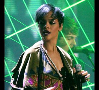 Rihanna aux Brit Awards 2008