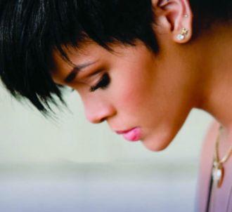 Rihanna sur la pochette de 'Take a Bow'