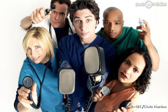 """Sarah Chalke, John C. McGinley, Zach Braff, Donald Faison et Judy Reyes dans """"Scrubs"""""""