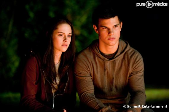 """""""Twilight – Chapitre 3 : Hésitation"""""""