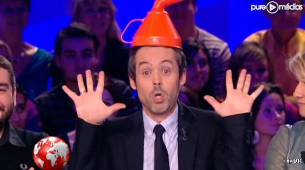 """""""Le monde parallèle du MoDem"""" au Petit journal de Canal+ le 26 octobre 2010."""