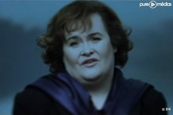 "Susan Boyle dans le clip de ""Perfect Day"""