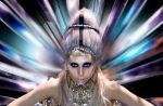 """Clip : Lady Gaga donne naissance à une nouvelle race dans """"Born This Way"""""""