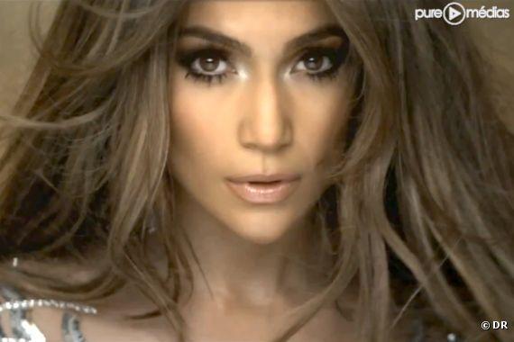"""Jennifer Lopez dans le clip de """"On the Floor"""""""