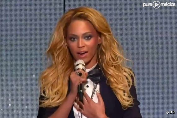 Beyoncé rend hommage à Oprah Winfrey